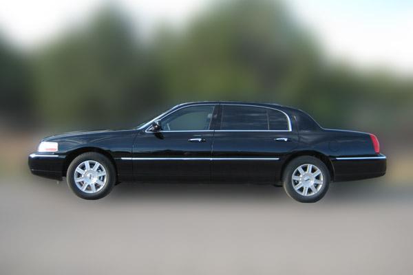 sedan limousine